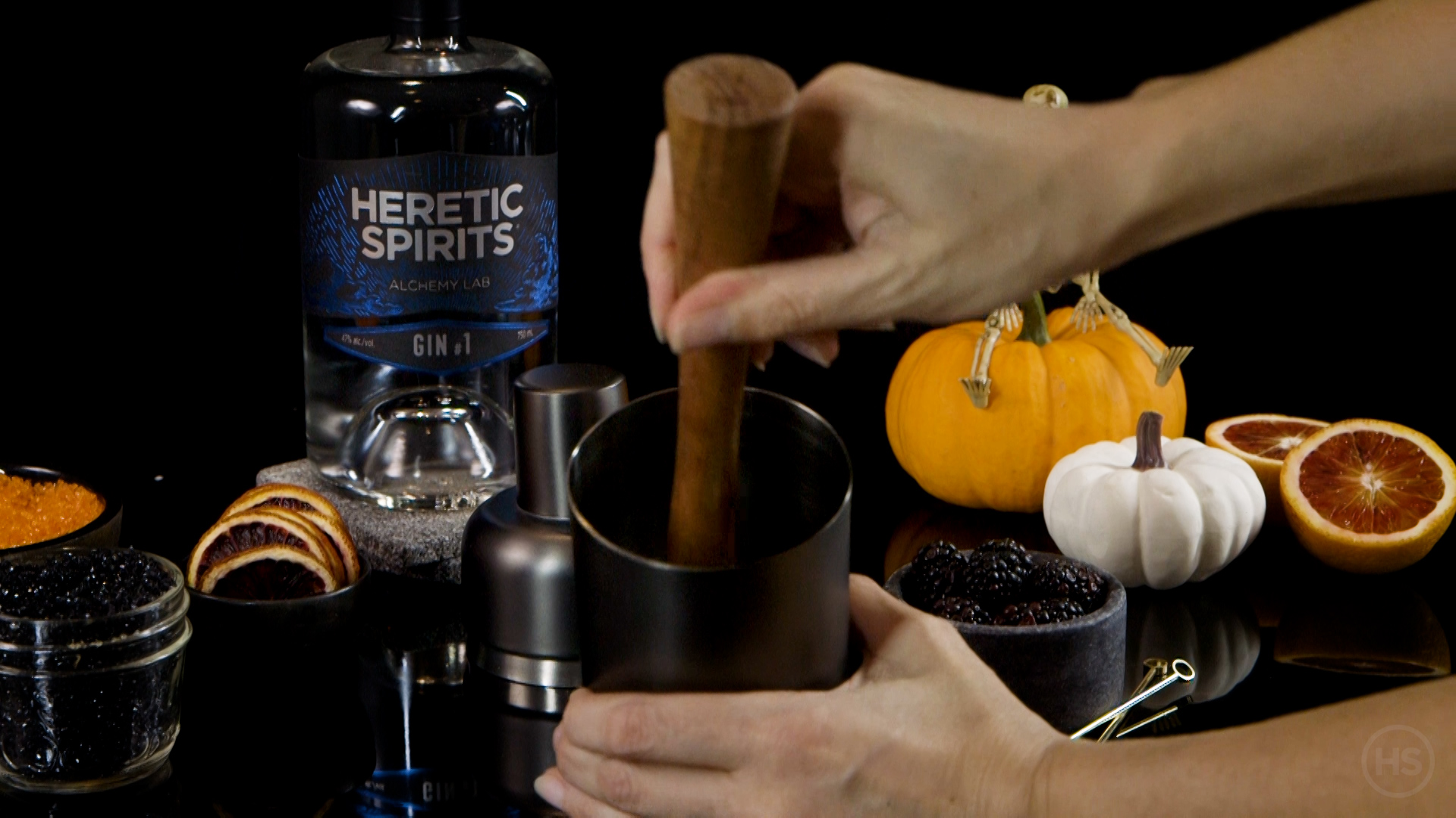 How to muddle a halloween-cocktail ingredients