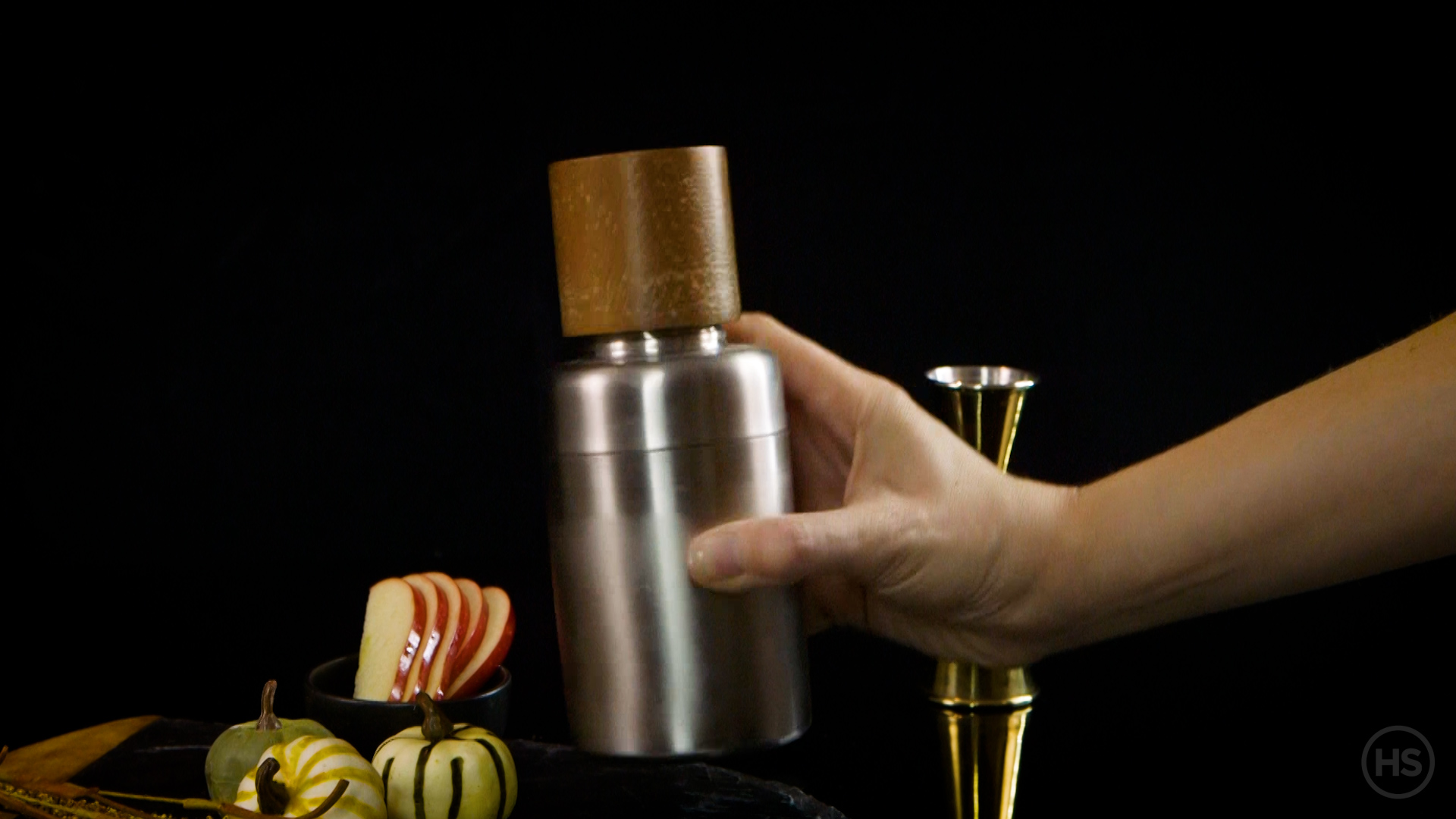 What apple juice to make poison apple cocktail